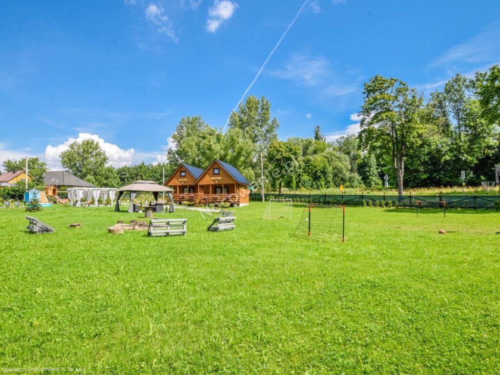 141-polanica-zdroj-osada-widok-na-gory